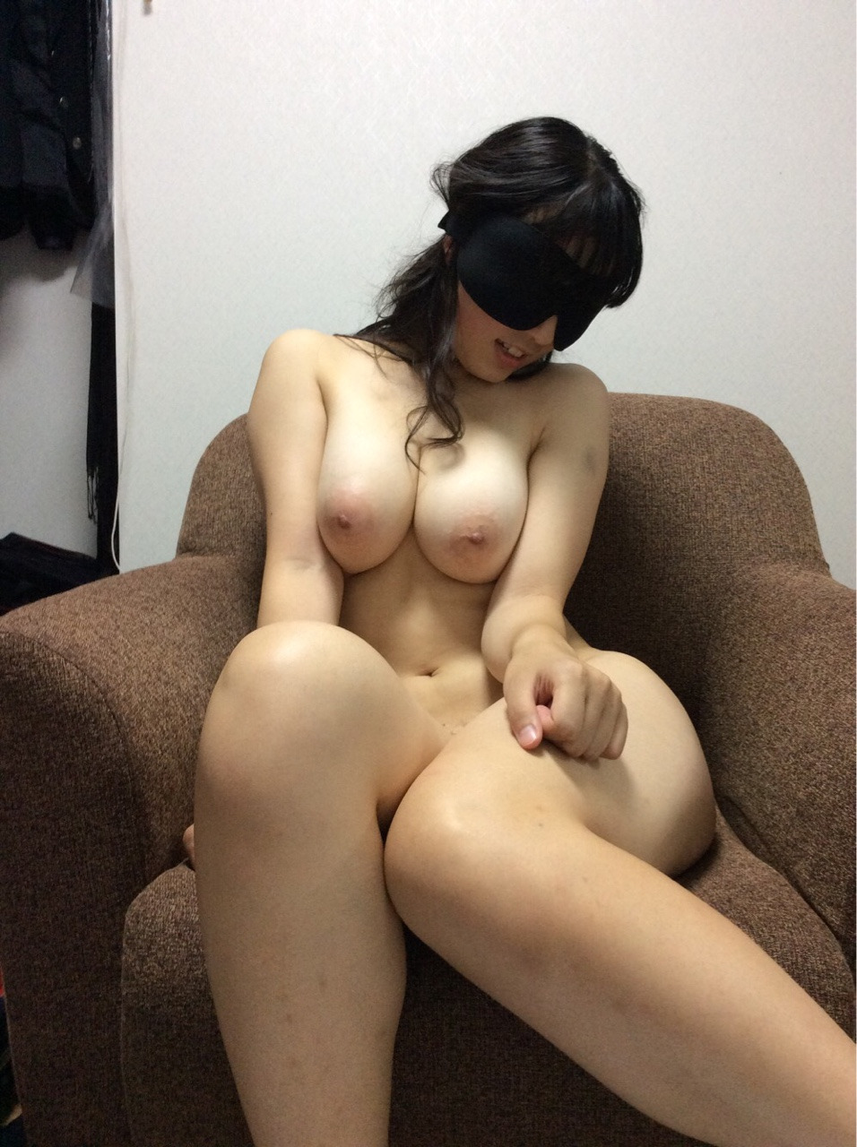 スケベ過ぎる素人妻の巨乳おっぱい見つけたったwwwwwwwwwwww BRMZnIH