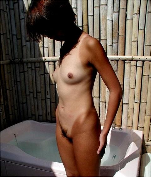 湘南のビーチでイチャついた後は、彼女の日焼けした身体をパンパン犯すぜぇーwww 1743