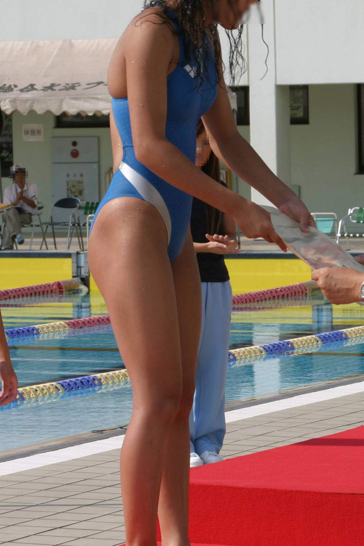 乳首ポチっと浮き出た水泳部女子の競泳水着がイケてるぜぇーwww 2231