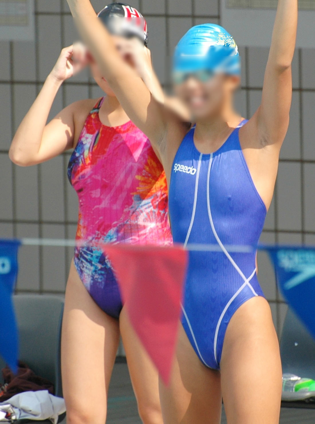 乳首ポチっと浮き出た水泳部女子の競泳水着がイケてるぜぇーwww 2232