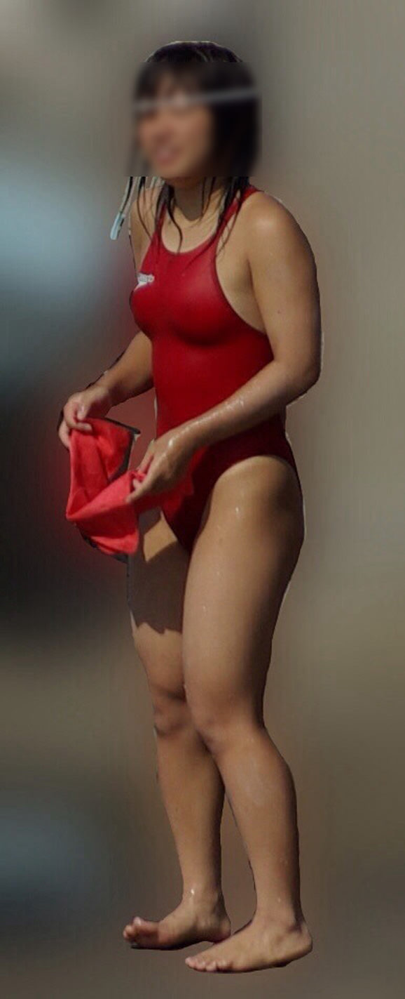 乳首ポチっと浮き出た水泳部女子の競泳水着がイケてるぜぇーwww 2233