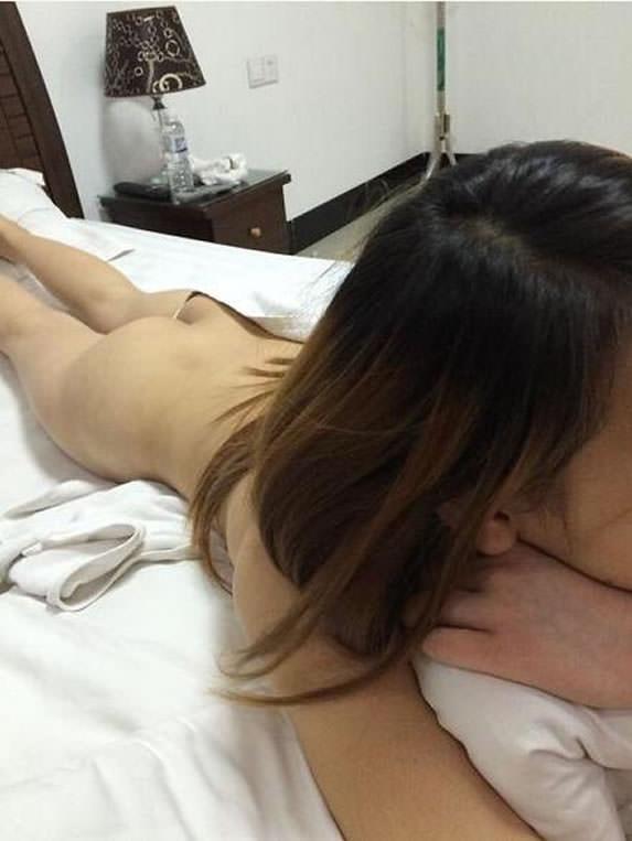 貢ぎまくったキャバ嬢とついに念願のセックス!!!ハメ撮り中出し全部してやったぜぇーwww 0815