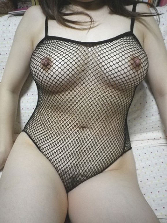 素人熟女のだらしない体を引き締める全身網タイツがエロすぎる件wwwwwww 23132