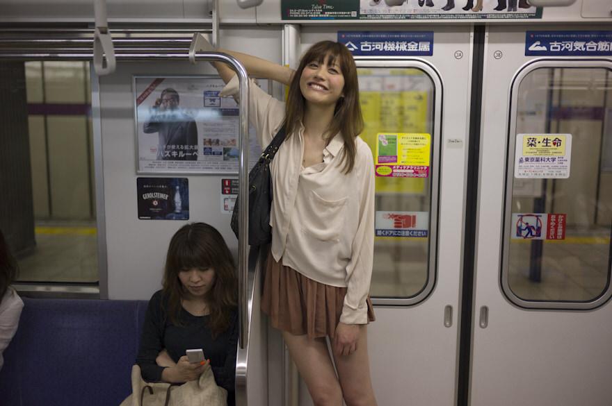 電車内で本当にあったヤバイエロ画像wwwwwwwwwwwwwww 2fzYvWP