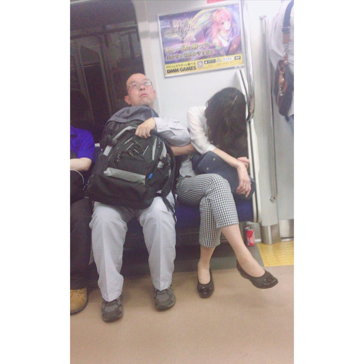 電車内で本当にあったヤバイエロ画像wwwwwwwwwwwwwww Oo451e4