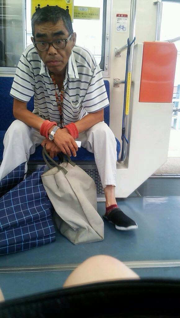 電車内で本当にあったヤバイエロ画像wwwwwwwwwwwwwww f5COh9w