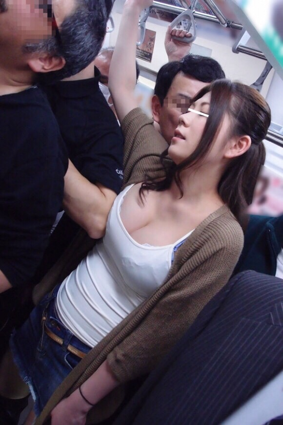 電車内で本当にあったヤバイエロ画像wwwwwwwwwwwwwww lNLyFRj
