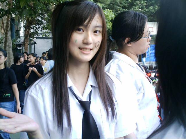 【悲報】ワイ、台湾のJKが可愛すぎて泣けてくるwwwwwwww wpid dd6dd6aa