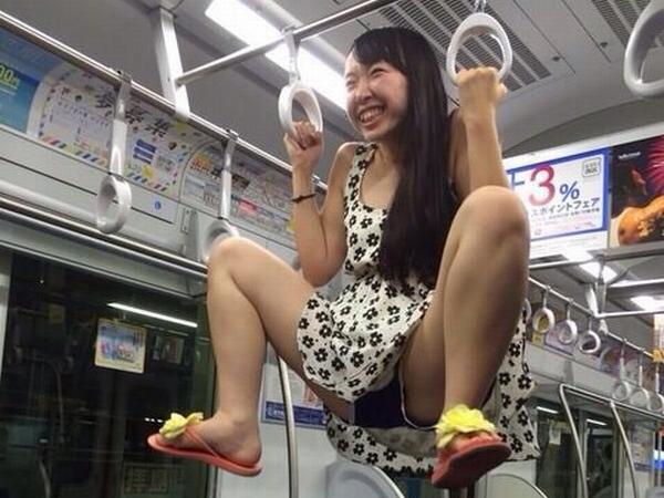 列車内で本当にあった凄いえろ写真wwwwwwwwwwwwwwwwwwwwwwwwwwwwww