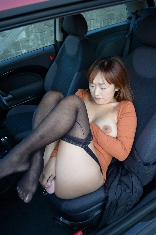 車内で彼女にオナニーさせたりハメ撮りして来たからお前らに晒すぜぇーwww 0610