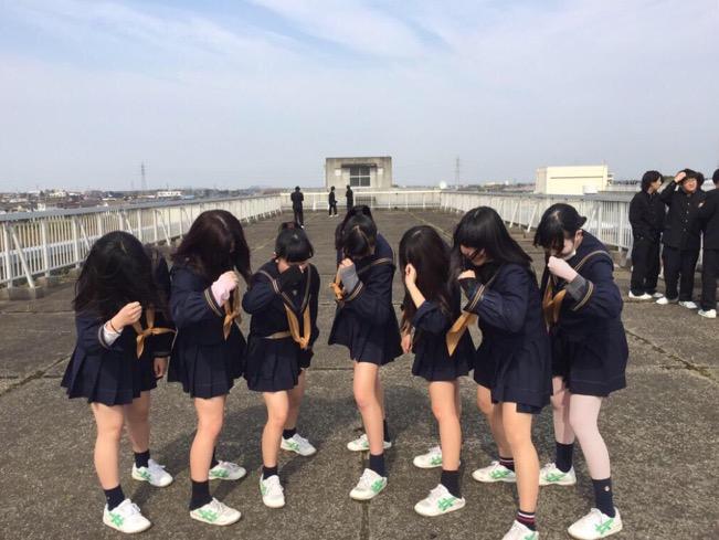 女子高生の制服が姿が好きすぎるので街撮り画像をくださいwwwwwwwwwww 7ROyFJn