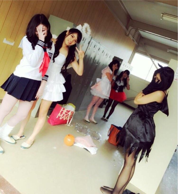 女子高生の制服が姿が好きすぎるので街撮り画像をくださいwwwwwwwwwww RF63S8V