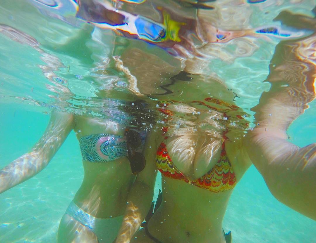 この夏のリア充水着女子の素人エロ画像貼ってくぞwwwwwwww W36iL6M