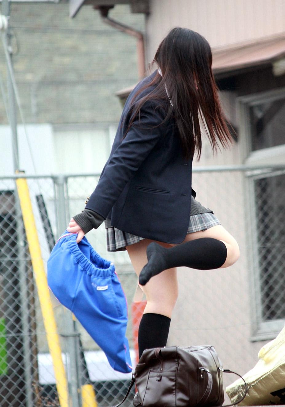 女子高生の日常生活が可愛くて愛おしすぎるwwwwwwwww dnhN60x