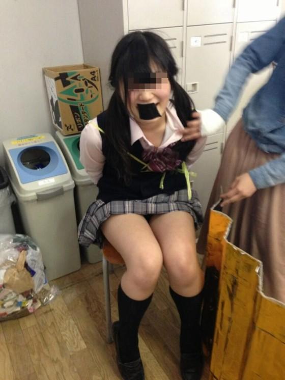 女子高生の制服が姿が好きすぎるので街撮り画像をくださいwwwwwwwwwww qb1rZbA