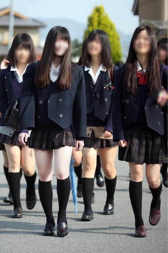 女子高生の制服が姿が好きすぎるので街撮り画像をくださいwwwwwwwwwww s2pMvBr