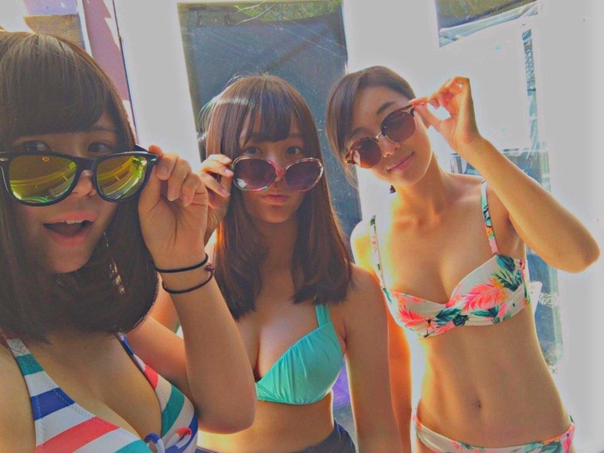 この夏のリア充水着女子の素人エロ画像貼ってくぞwwwwwwww sOm1FG4