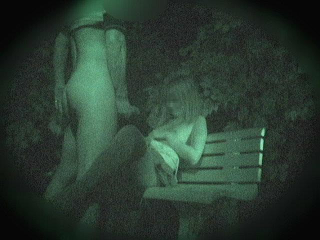 赤外線カメラでガチ盗撮!10代素人カップルが若さに任せた激しい野外セックスのエロ画像 1910