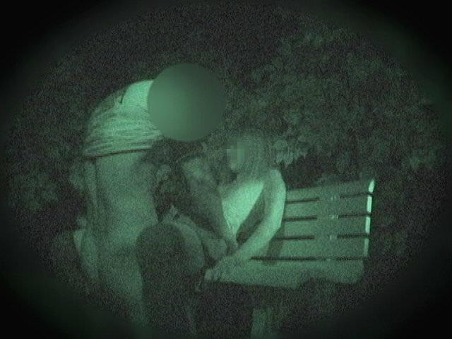 赤外線カメラでガチ盗撮!10代素人カップルが若さに任せた激しい野外セックスのエロ画像 1911