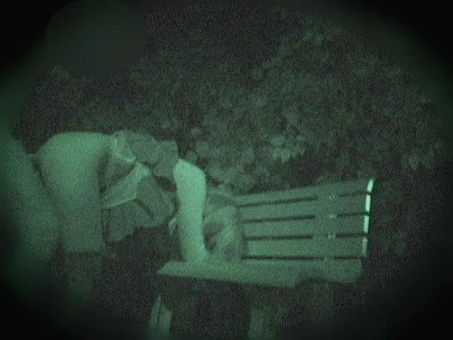 赤外線カメラでガチ盗撮!10代素人カップルが若さに任せた激しい野外セックスのエロ画像 1912