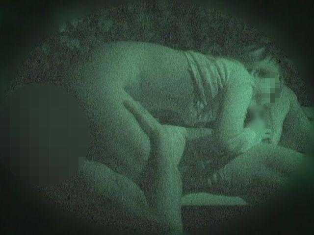 赤外線カメラでガチ盗撮!10代素人カップルが若さに任せた激しい野外セックスのエロ画像 1917