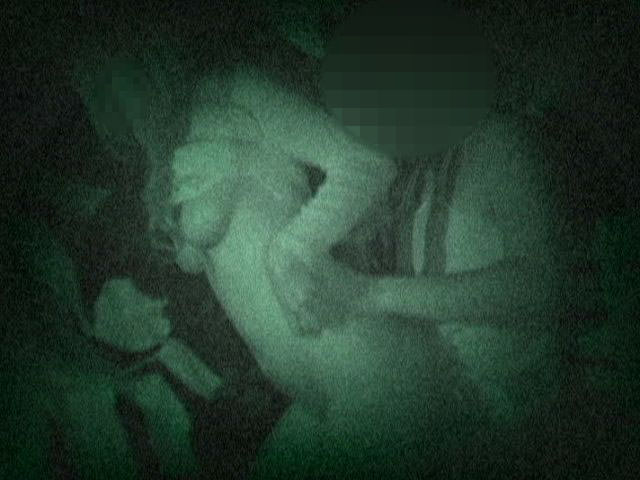 赤外線カメラでガチ盗撮!10代素人カップルが若さに任せた激しい野外セックスのエロ画像 1918