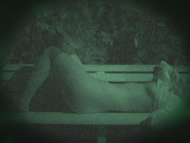 赤外線カメラでガチ盗撮!10代素人カップルが若さに任せた激しい野外セックスのエロ画像 1921