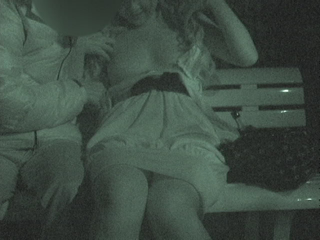 赤外線カメラでガチ盗撮!10代素人カップルが若さに任せた激しい野外セックスのエロ画像 1926