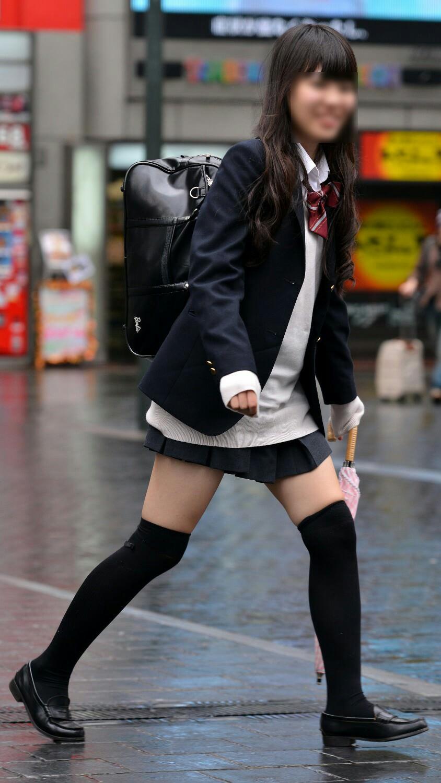 放課後を満喫するJK街撮りエロ画像 GgvOHIY