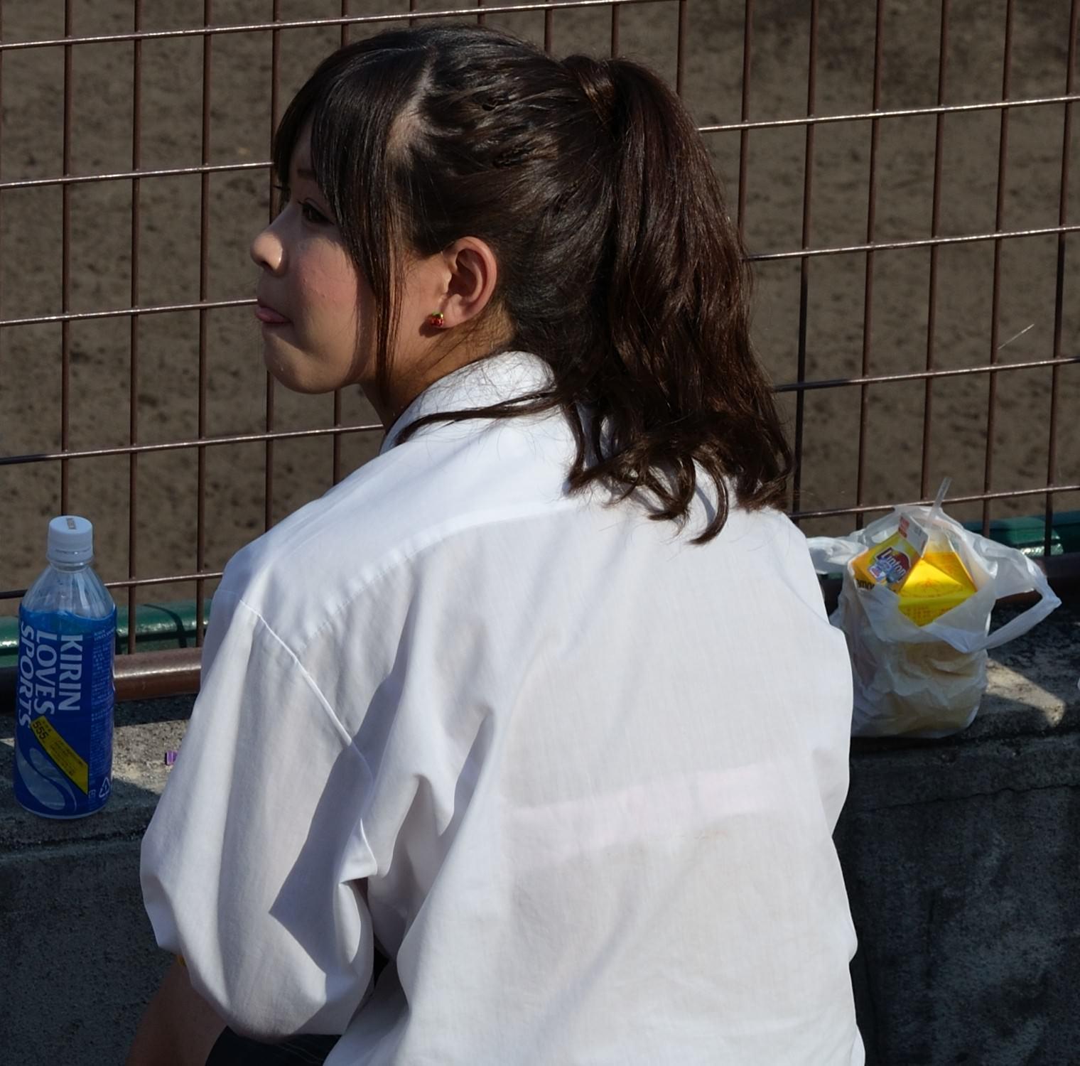 偶然見えちゃった女子校生のお尻が可愛かったエロ画像 sE932vq