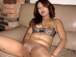 性欲が抑えきれないビッチなイケイケ人妻熟女が不倫中に撮ったエロ画像