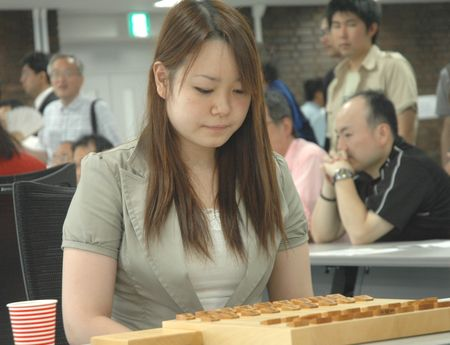 女流プロ棋士の着衣おっぱい画像スレwwwwww 20080719 fujitaaya1