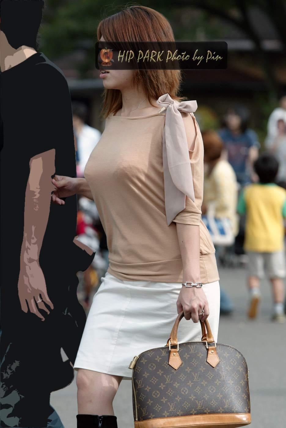 街中でムラムラが抑えられなくなる揉みしだきたい素人の着衣おっぱい!!! 30147