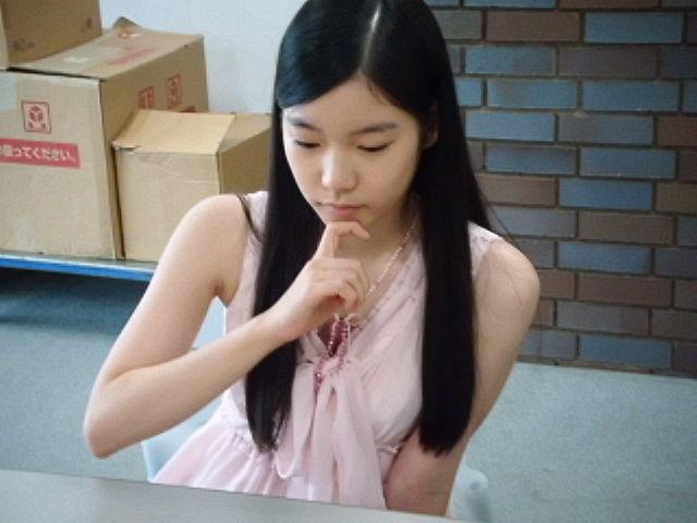 女流プロ棋士の着衣おっぱい画像スレwwwwww 9abef7a4