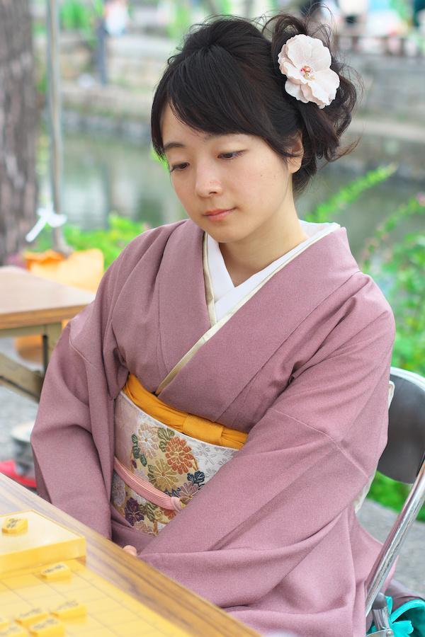女流プロ棋士の着衣おっぱい画像スレwwwwww EM00032231