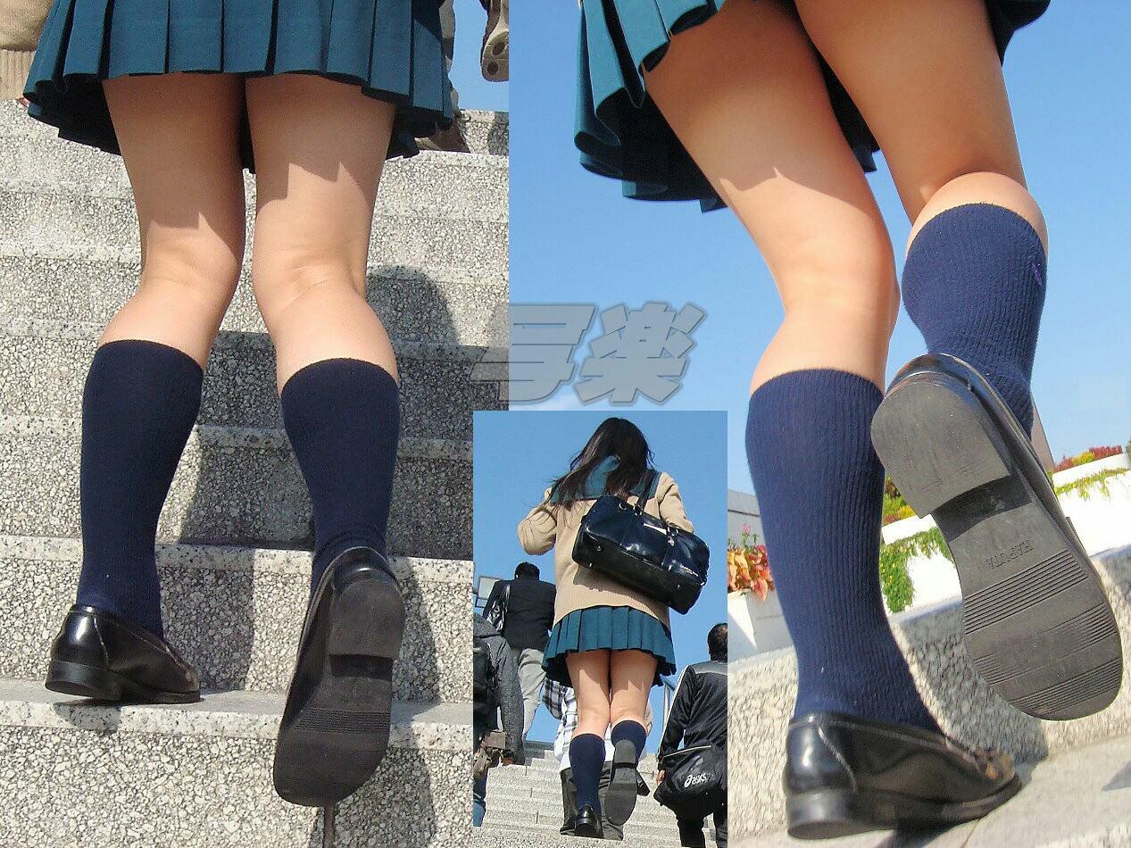 生足も好きだけどJKの黒パンスト画像なんてどうでしょう!!! b1irdjR