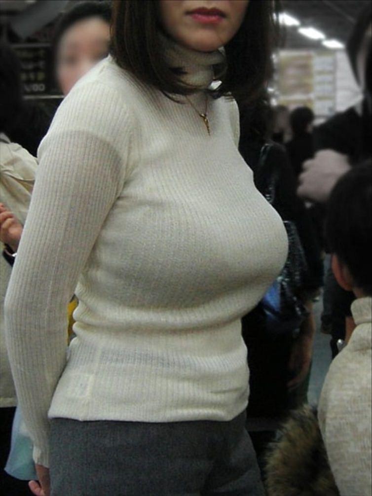 おっぱいの形が丸わかりな素人の着衣おっぱいセーター画像 sirouto knitkyonyu matidori 27005
