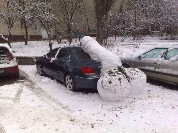 雪が降る寒い日にもミニスカで太もも出して頑張るJK達wwwww z91JYBh