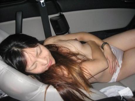 貧乏な訳あり素人妻がセックスに選ぶ場所www間男とのカーセックスが燃えるんですwww 0802