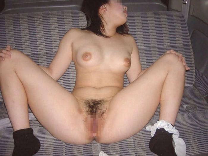 貧乏な訳あり素人妻がセックスに選ぶ場所www間男とのカーセックスが燃えるんですwww 0826