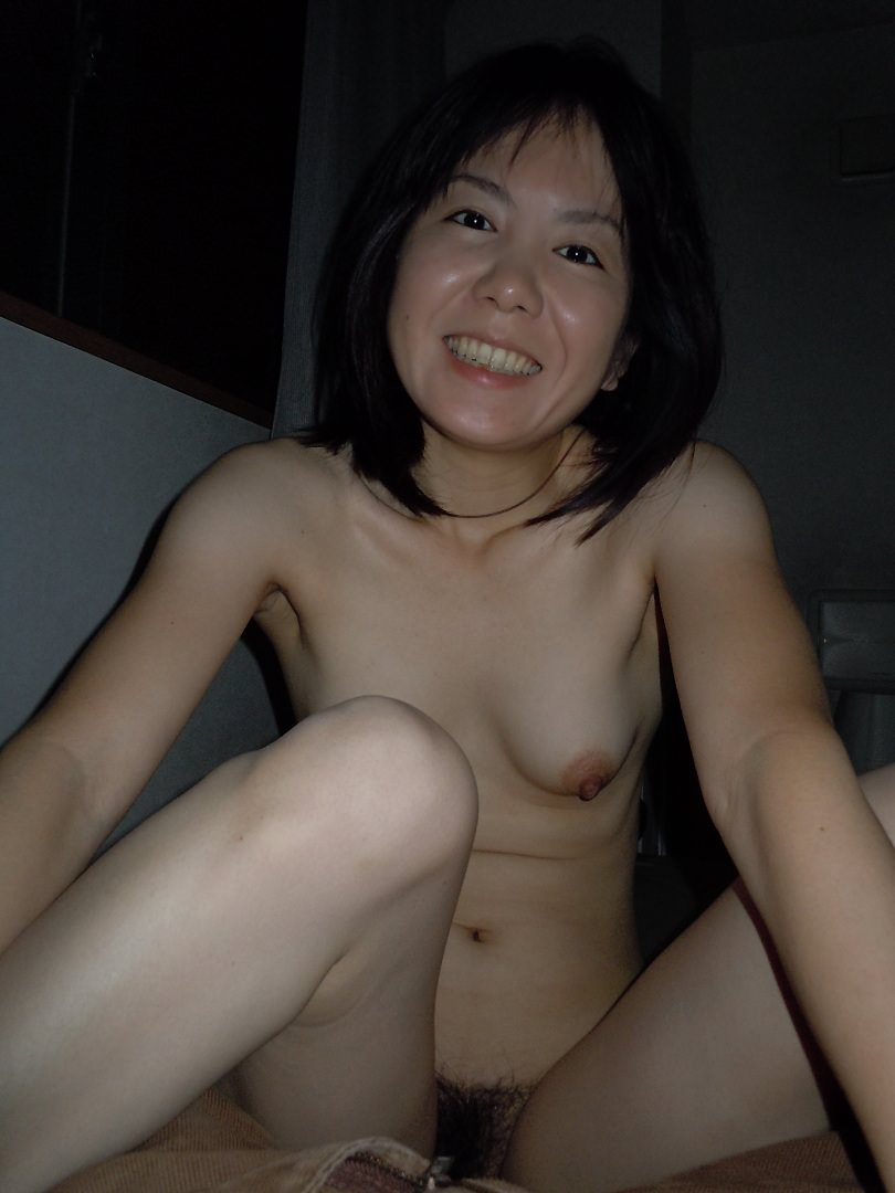 貧乏な訳あり素人妻がセックスに選ぶ場所www間男とのカーセックスが燃えるんですwww 0837