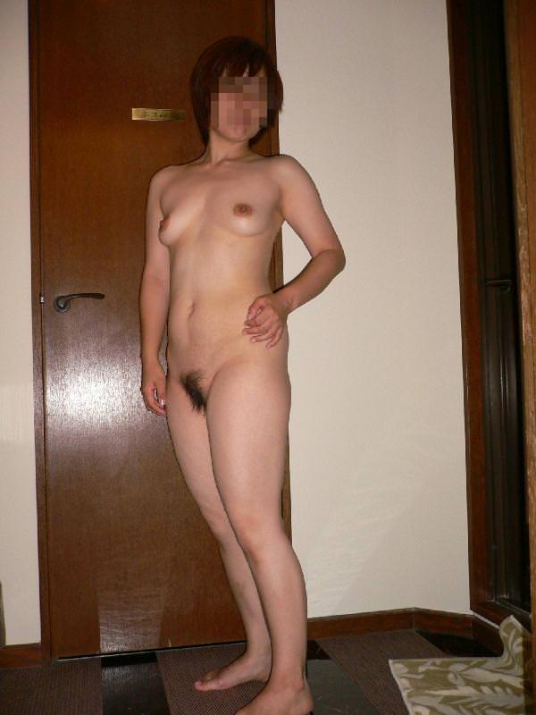 素人女子の陰毛の性的エロさったら異常www濃くて喉に絡まるくらいが好きだろーwww 0869