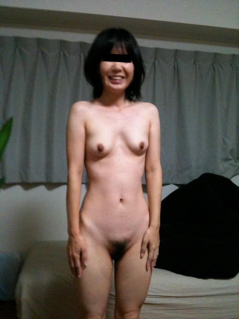 素人女子の陰毛の性的エロさったら異常www濃くて喉に絡まるくらいが好きだろーwww 0873