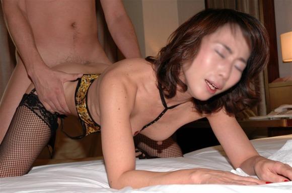 素人人妻のイキ顔エロ画像!!!歳を増す毎に感度ビンビン快感熟女www 0913