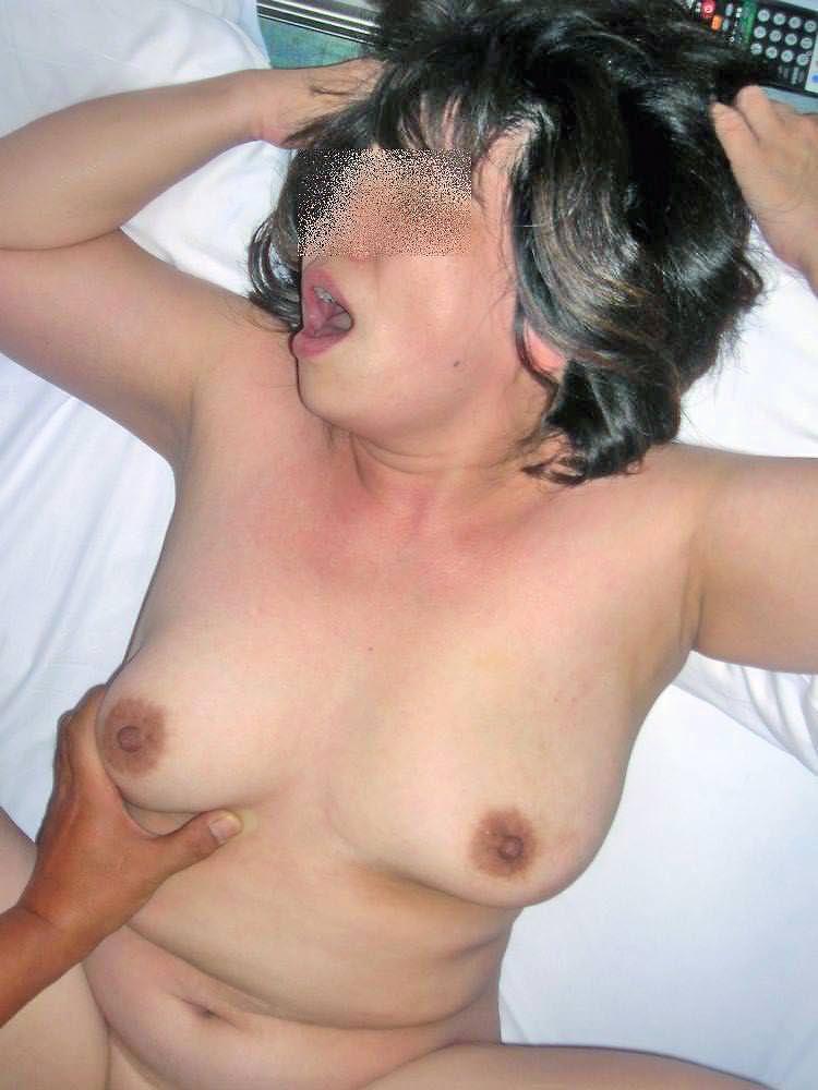 素人人妻のイキ顔エロ画像!!!歳を増す毎に感度ビンビン快感熟女www 0926