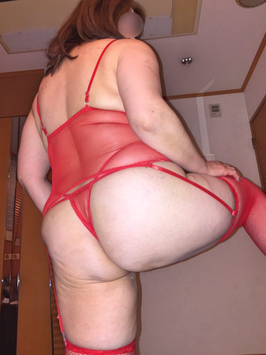 ポチャリ熟年女性の美乳とお腹の贅肉が芸術的過ぎるwww熟女のエッチな下着画像www 1781