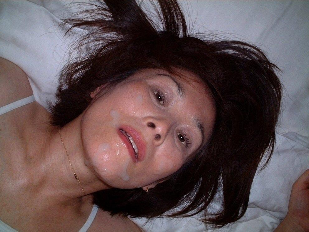 彼女の可愛い顔やおっぱいに精子をぶちまけたぶっかけエロ画像!!!! 2515