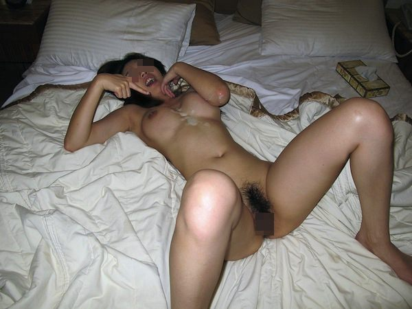 彼女の可愛い顔やおっぱいに精子をぶちまけたぶっかけエロ画像!!!! 2518