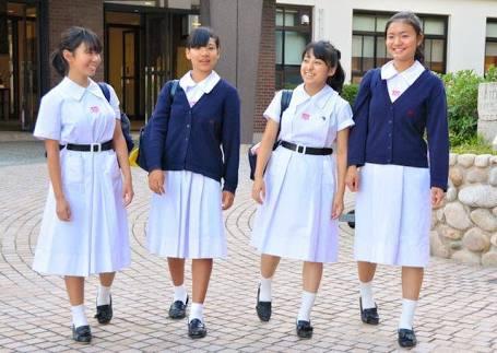 こんなJK達と手を繋いで通学する青春を送りたかった陰キャの妄想街撮り画像wwwwwwww hPGLs72
