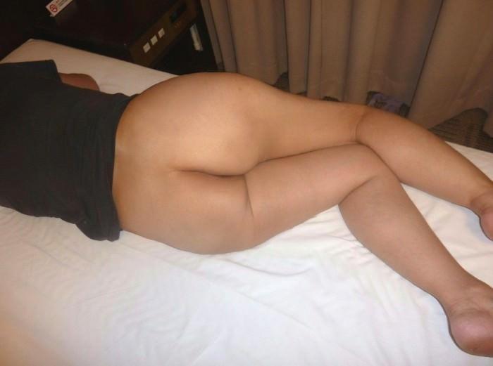 イキ過ぎてセックス直後に賢者で寝てる彼女のスケべヌードwwwおまんこおっぱい丸出しwww 0461